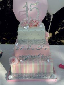 decoracion-de-pasteles-en-color-rosa-13
