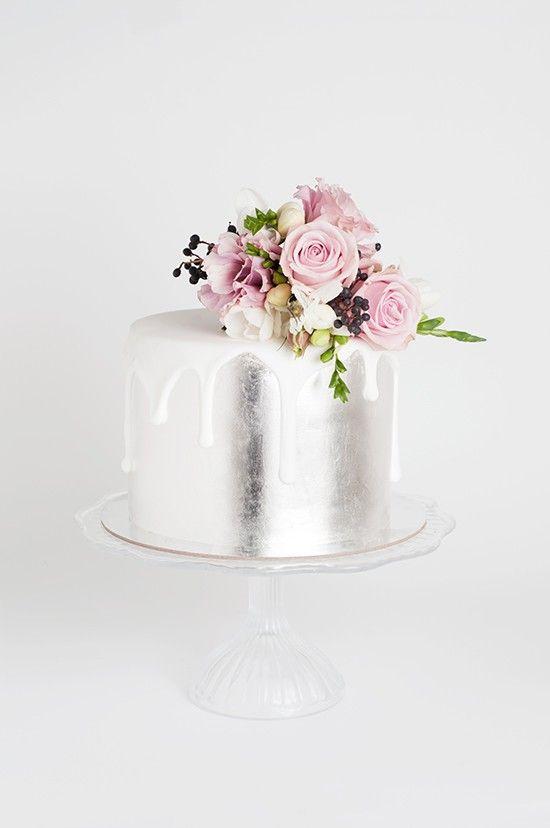 Ideas de pasteles para xv años color plata