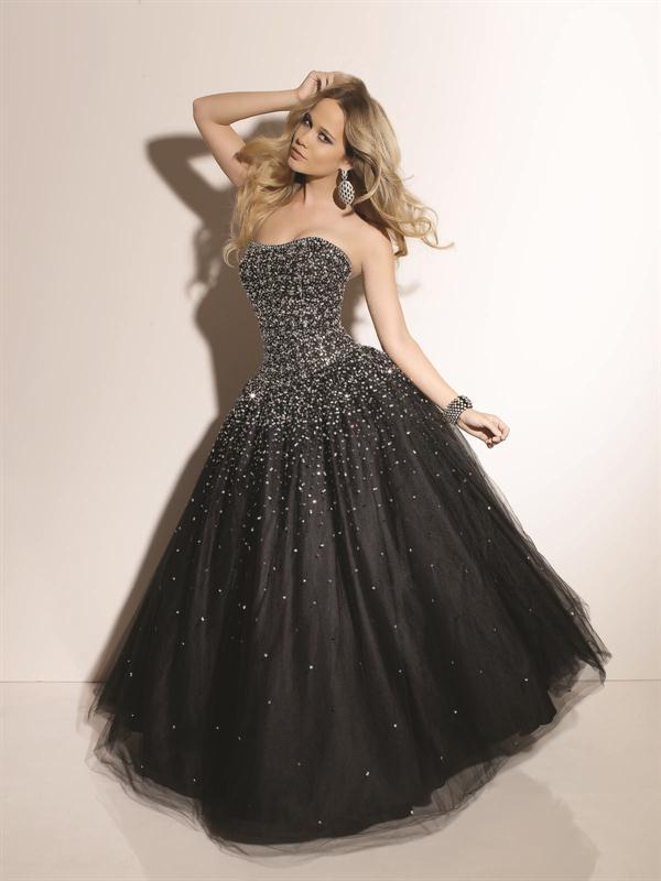 Vestido de 15 negro con plateado