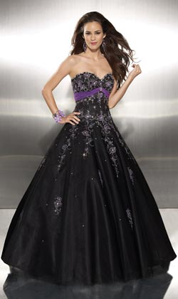 Vestidos de 15 color violeta y negro