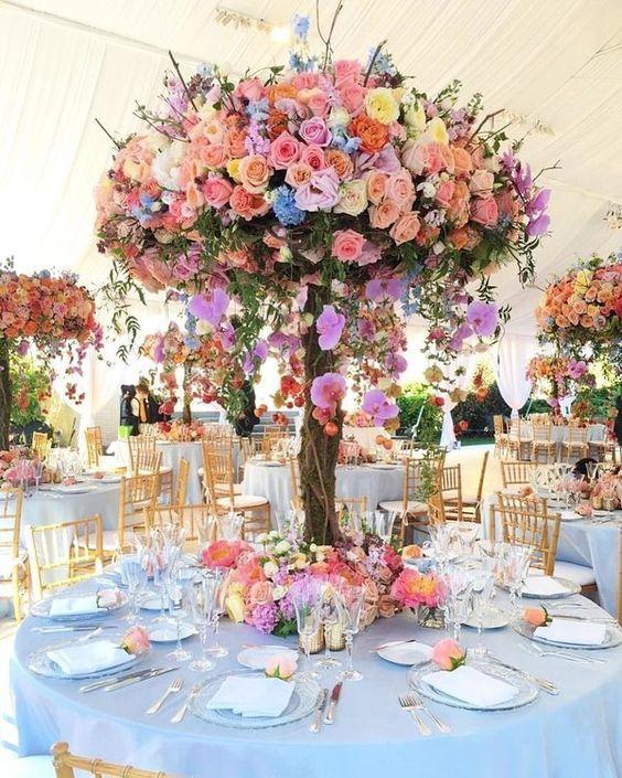 Centros de mesa elegantes para 15 años con flores