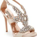 Zapatos o zapatillas para quinceañeras
