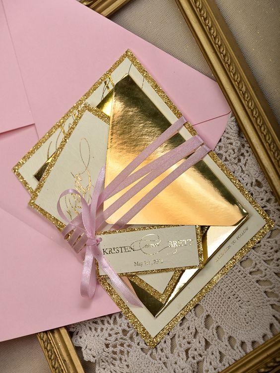 Invitaciones para XV años color dorado