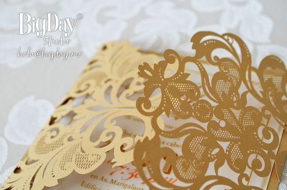 25-disenos-invitaciones-xv-anos-color-dorado (8)
