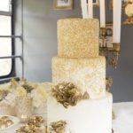 28-disenos-pasteles-dorados-xv-anos (24)