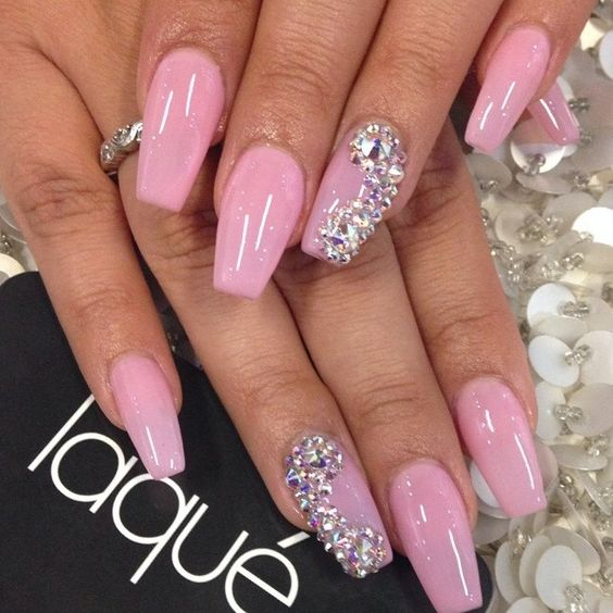 Bubble Gum Nail Art: 30-disenos-unas-ideales-quinceaneras (15)