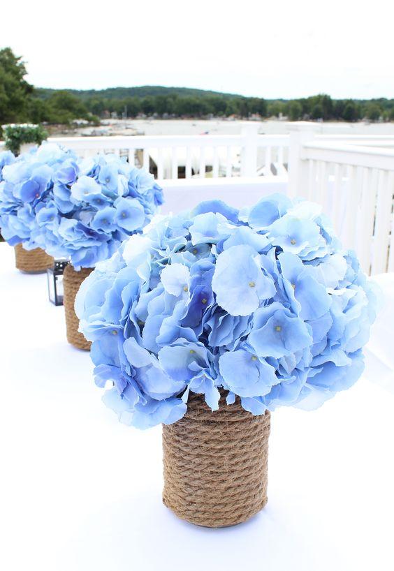 Centros mesa xv anos color azul 18 ideas para fiestas for Mesas y sillas para xv anos