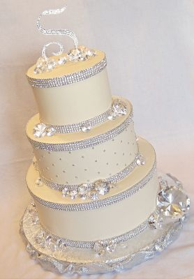 bling wedding cake stand with pearls disenos pasteles xv anos brillos 12 ideas para fiestas 11935