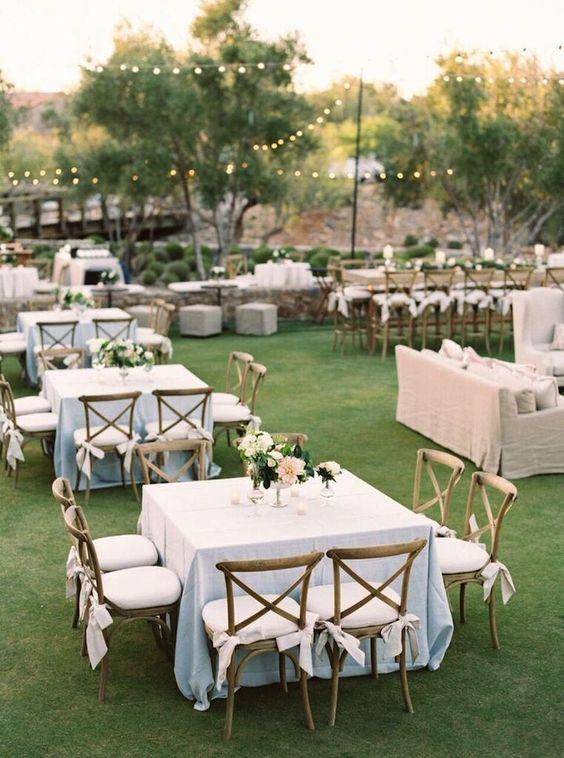 Manteleria para fiesta de 15 a os for Mesas y sillas para 15 anos