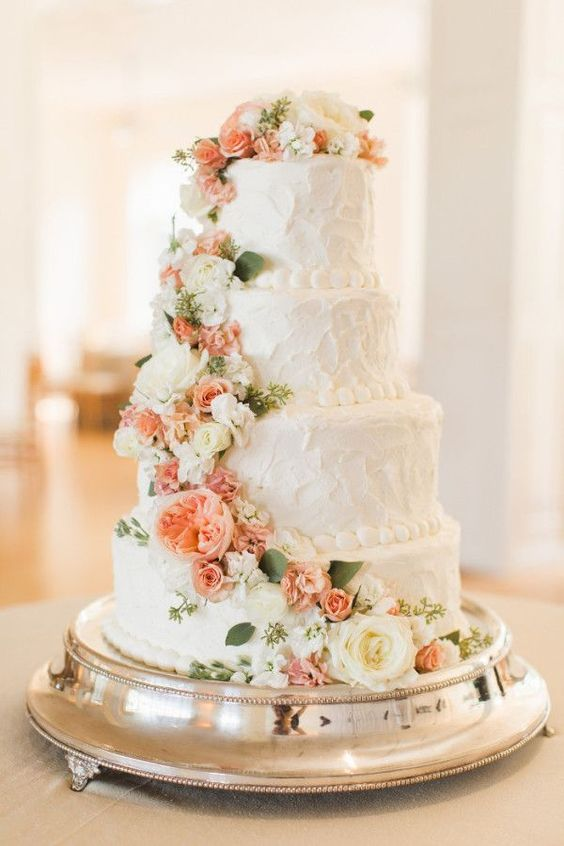 wedding cake with flowers in between layers tendencias pasteles 15 anos 26 ideas para fiestas de 26882