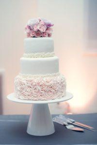 Disenos modernos de pasteles para quince