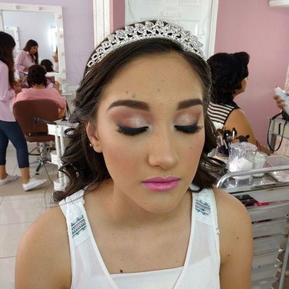 Peinados y maquillaje para quinceanera 2017 -2018 (6)