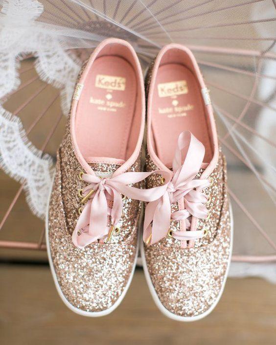 Tenis: Una alternativa muy Chic para usar como zapatos el día de tu Fiesta de 15 años