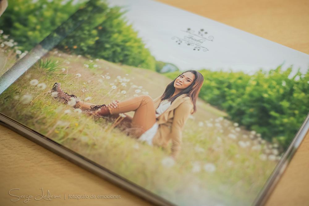 agrega una portada para el pothobook fotografico para una quinceanera