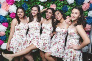 cuantas damas debo elegir para fiesta de xv anos (10)