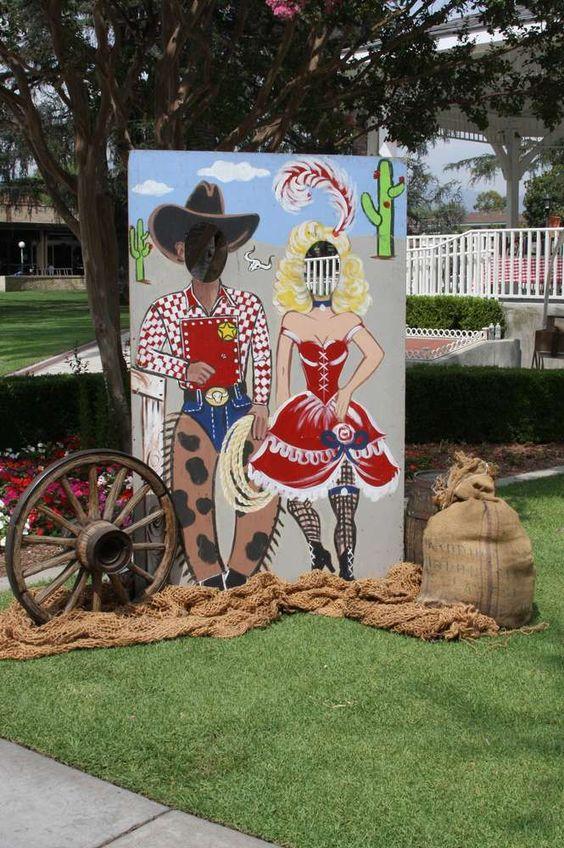 decoracion de la entrada para fiesta vaquera 15 anos hombre (3)