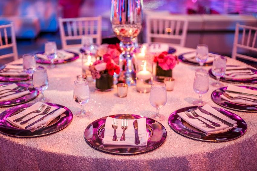 manteles para la mesa de invitados