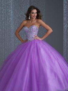 vestido de xv anos para piel morena en color violeta (2)