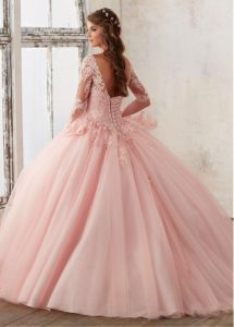vestidos rosas de 15 anos para piel morena (2)
