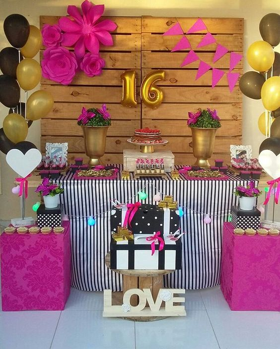ideas para decorar mesa principal en fiesta de XV años sencillos