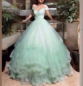 Vestidos para XV color menta con corte princesa