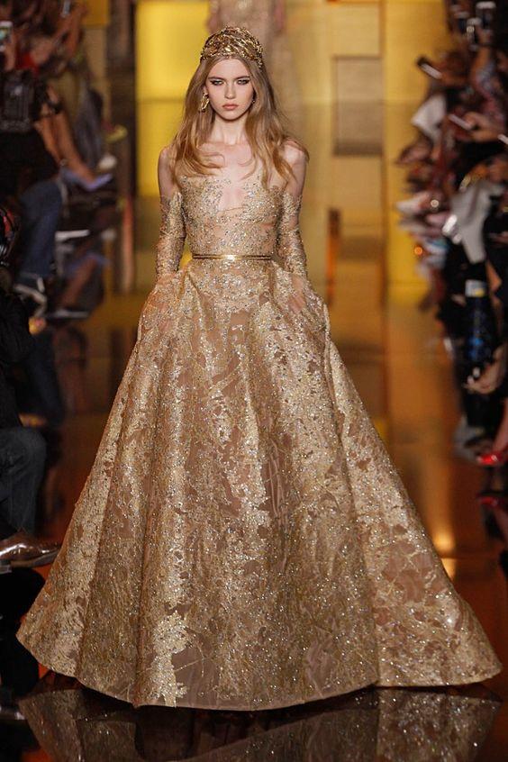 imagenes de vestidos de xv anos dorados (6)