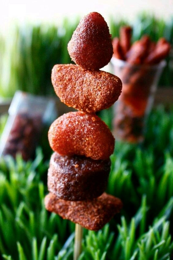 mesas de dulces saladas y enchilosas (1)