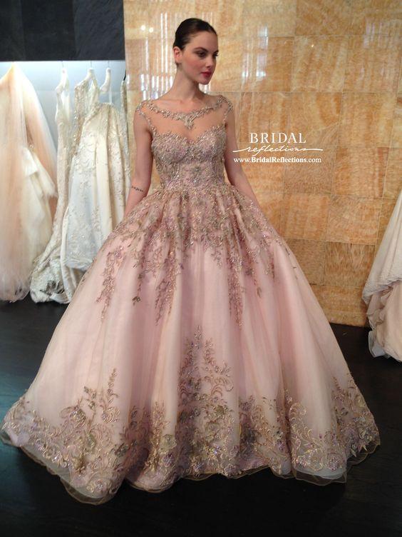 7f695fb95 Vestidos de xv color dorado con rosa ...