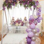 guirnaldas con globos transparentes para xv años