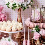 Mesa de dulces para 15 años en rosado