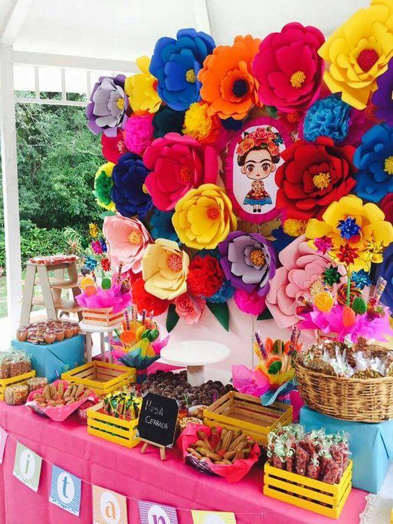 mesa de dulces para quince años estilo mexicano