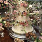pasteles de xv con flores