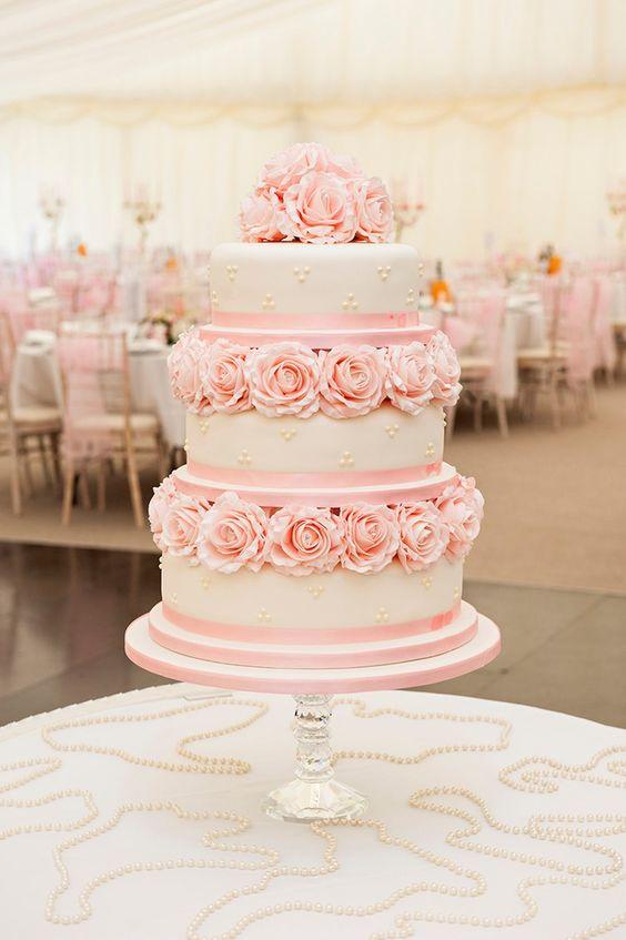 pasteles rosa pastel de 15 años
