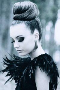 peinados para madrinas de 15 años sencillos