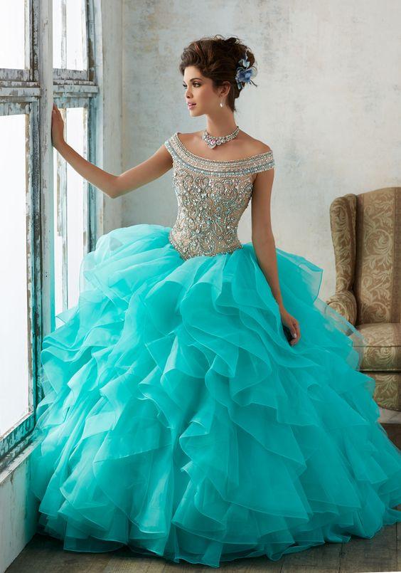 168a78e36 ... tendencia en color de vestidos para xv años 2019