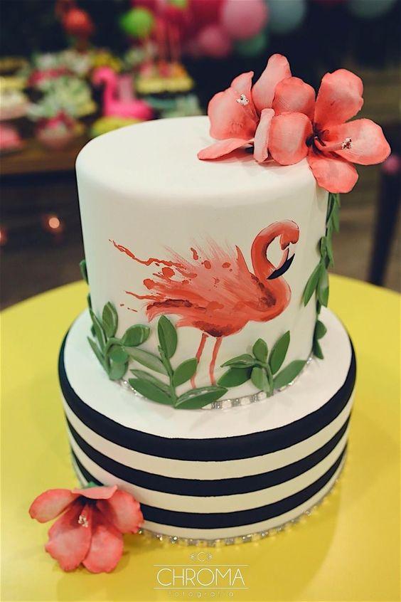 Pasteles para quinceañera temática de flamingo