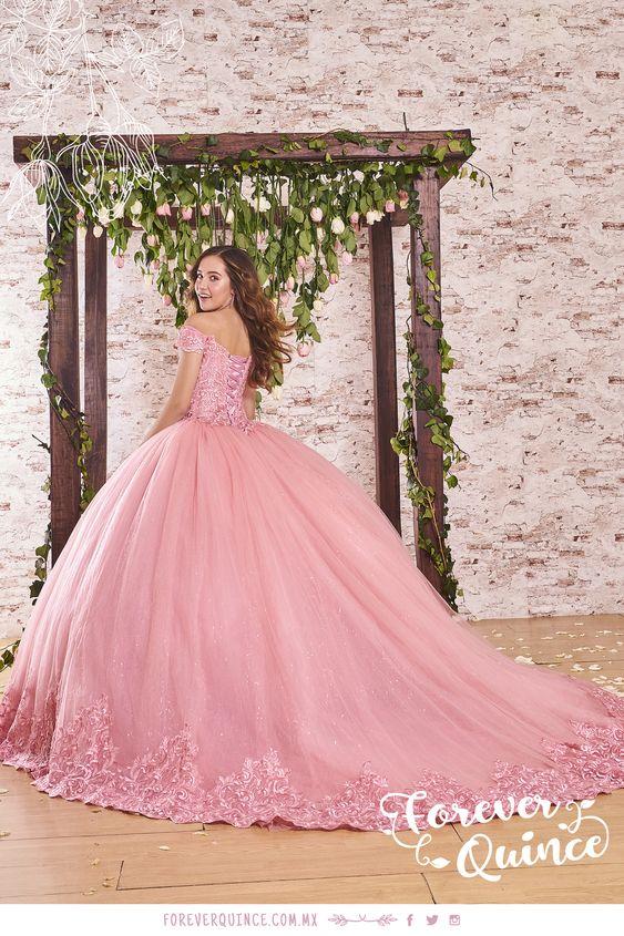 La Nueva Colección De Vestidos De Quinceañera 2019 2020