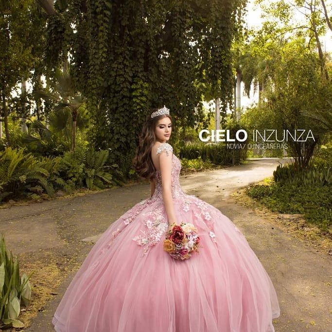 Vestidos Quinceañera en Instagram