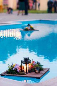 decoraciones hawaianas para 15 años en piscina