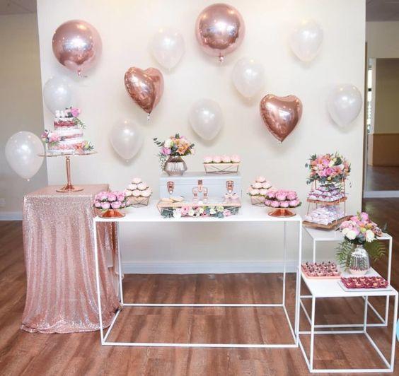 Decora la fiesta de quince con globos
