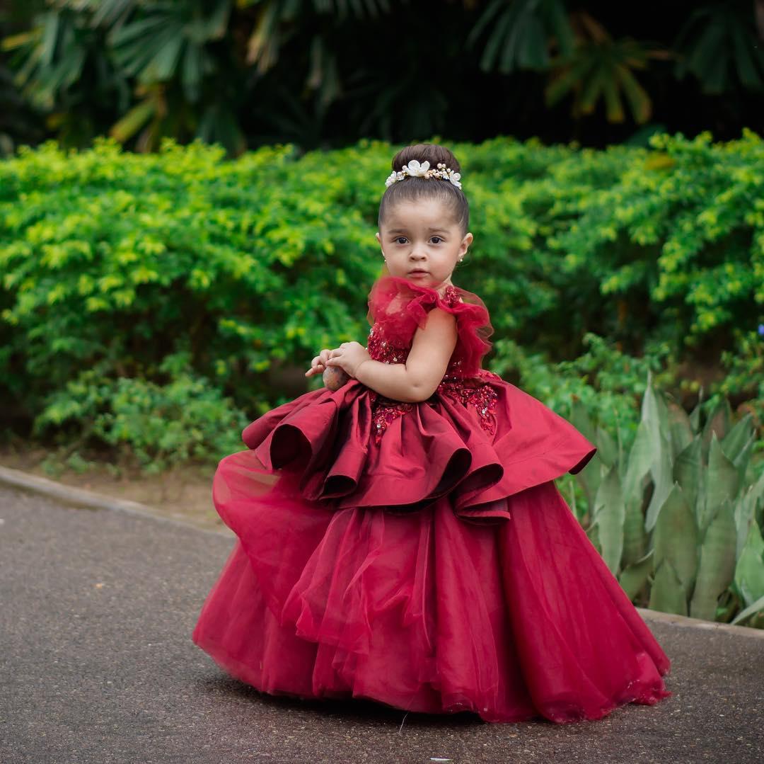vestidos para niñas acompañantes de quinceañeras elegantes