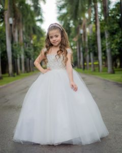 vestidos para niñas acompanantes de quinceañeras elegantes