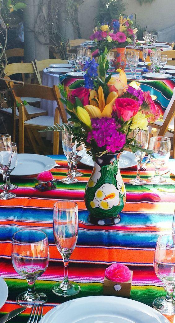 centros de mesa para fiesta de quince mexicanos