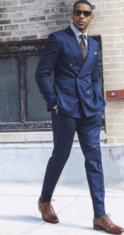 traje cruzado con dos botones para hombres