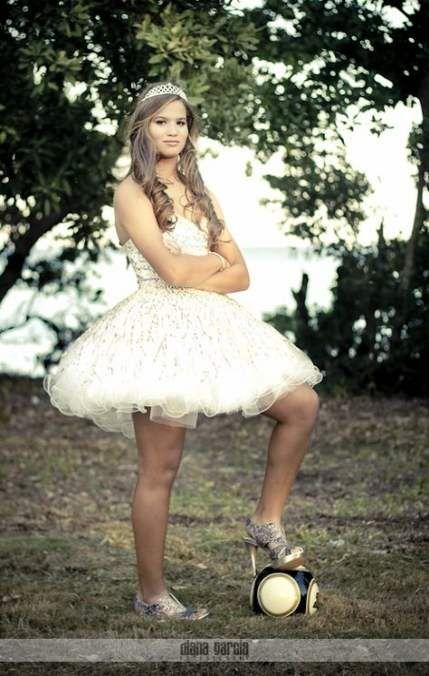 vestido de 15 años para fiesta con tema de futbol