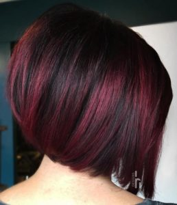 Ideas de como llevar el color cherry wine si usas el corte bob