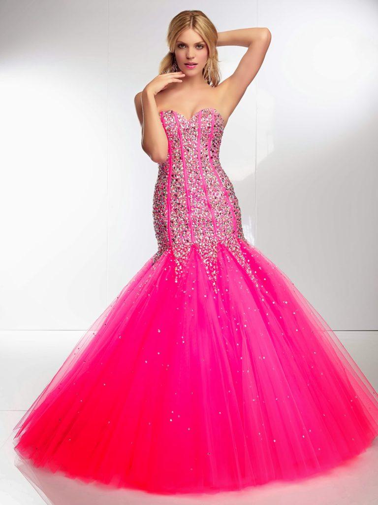Cosas a tener en cuenta al usar vestido corte de sirena para XV años